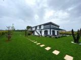 büyükçekmece göl tarafında göl manzaralı 6+ 2 400 m2 sıfır full dekorlu bahçeli eksiksiz müstakil villa nakit satılık