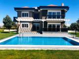antalya manavgat ta site içinde müstakil havuzlu ultra lüx villalar